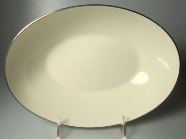 Make sure your browser can show photos and reload this page to see Lenox China Olympia X303p Oval vegetable 9 5/8