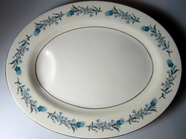 Make sure your browser can show photos and reload this page to see Haviland China Clinton Platter, small 11 1/2