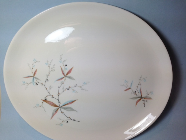 Make sure your browser can show photos and reload this page to see Syracuse China Finesse Platter, small --12 1/2