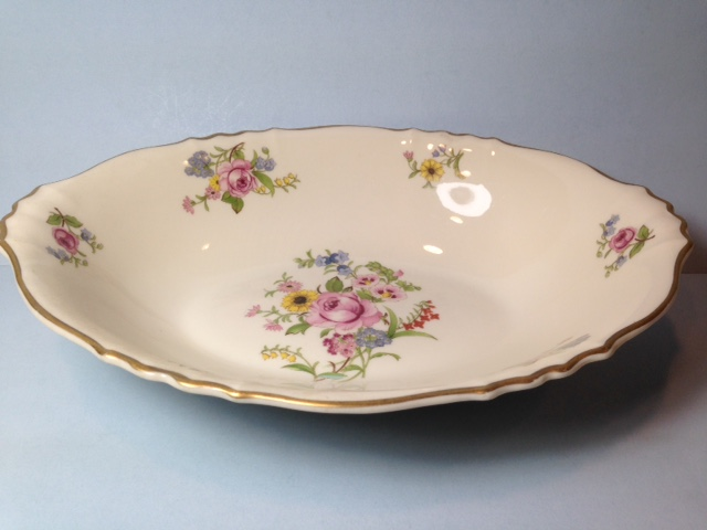 Make sure your browser can show photos and reload this page to see Syracuse China Portland Oval vegetable --9 1/4
