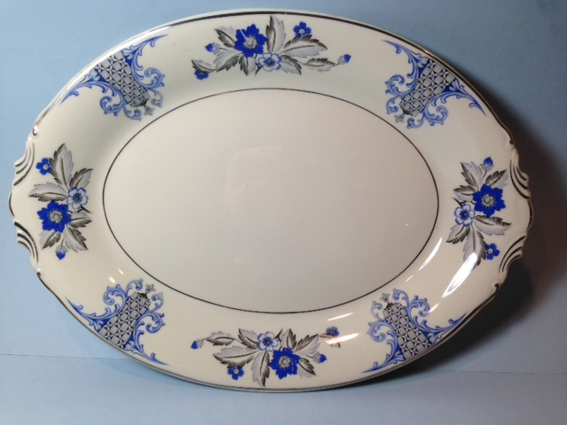 Make sure your browser can show photos and reload this page to see Syracuse China Lady Mary Platter, medium --14