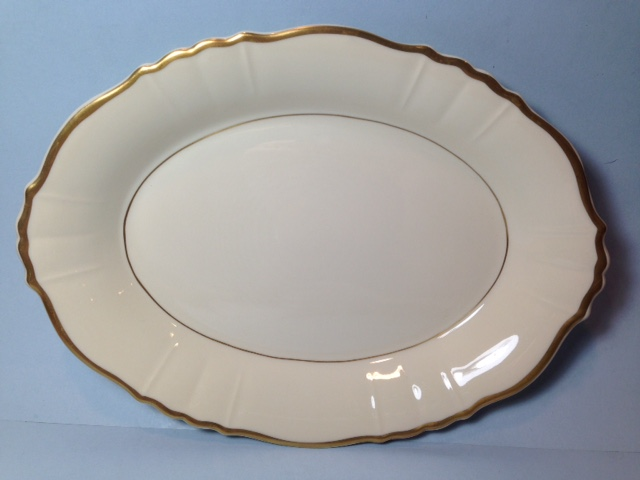 Make sure your browser can show photos and reload this page to see Syracuse China Brantley Platter, medium