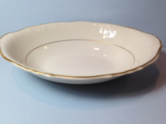 Make sure your browser can show photos and reload this page to see Syracuse China Brantley Oval vegetable, large --9 1/2