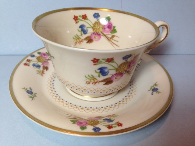 Make sure your browser can show photos and reload this page to see Syracuse China Coventry Cup and saucer set