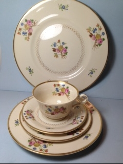 Make sure your browser can show photos and reload this page to see Syracuse China Coventry Place setting 5-piece  --Cup,sau,dinner(10 1/2