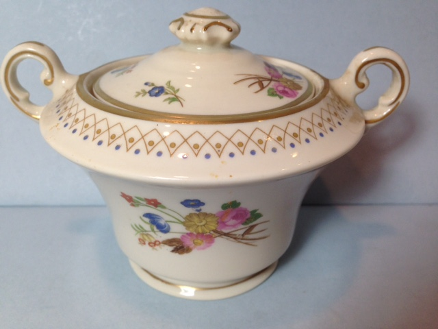 Make sure your browser can show photos and reload this page to see Syracuse China Coventry Sugar bowl with lid