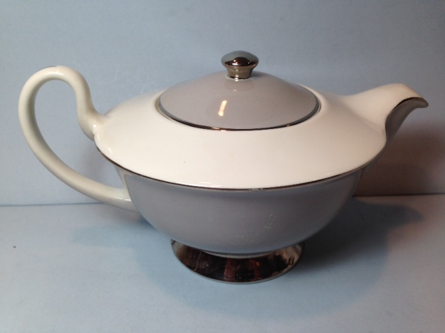 Make sure your browser can show photos and reload this page to see Syracuse China Dawn Teapot and lid --matches Dawn