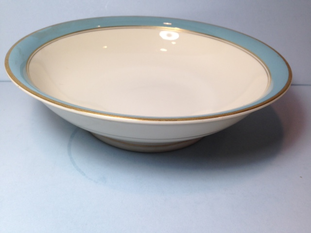 Make sure your browser can show photos and reload this page to see Syracuse China Edmonton Round vegetable  -9