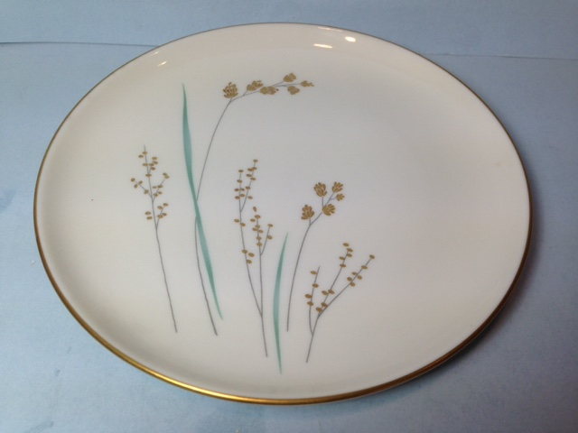 Make sure your browser can show photos and reload this page to see Syracuse China Golden Seeds Bread and butter plate