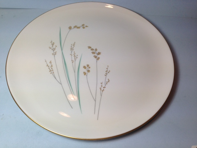 Make sure your browser can show photos and reload this page to see Syracuse China Golden Seeds Dinner plate