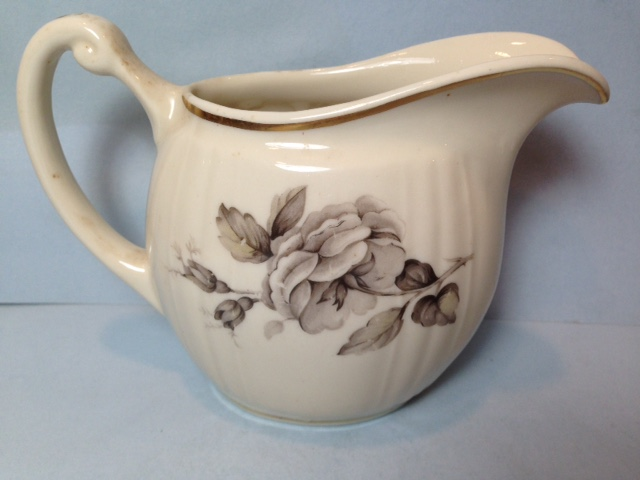 Make sure your browser can show photos and reload this page to see Syracuse China Graymont Creamer