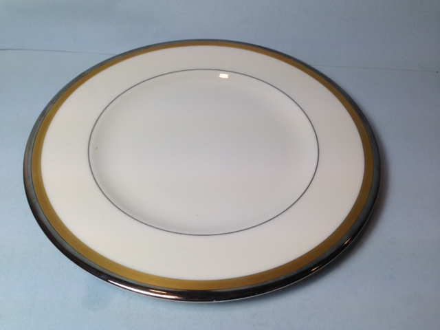 Make sure your browser can show photos and reload this page to see Syracuse China Grace Salad plate