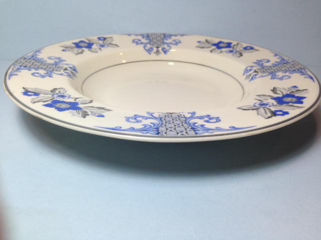 Make sure your browser can show photos and reload this page to see Syracuse China Lady Mary Soup bowl, rim shape