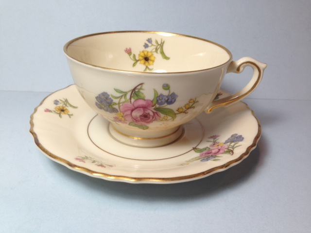 Make sure your browser can show photos and reload this page to see Syracuse China Portland Cup and saucer set