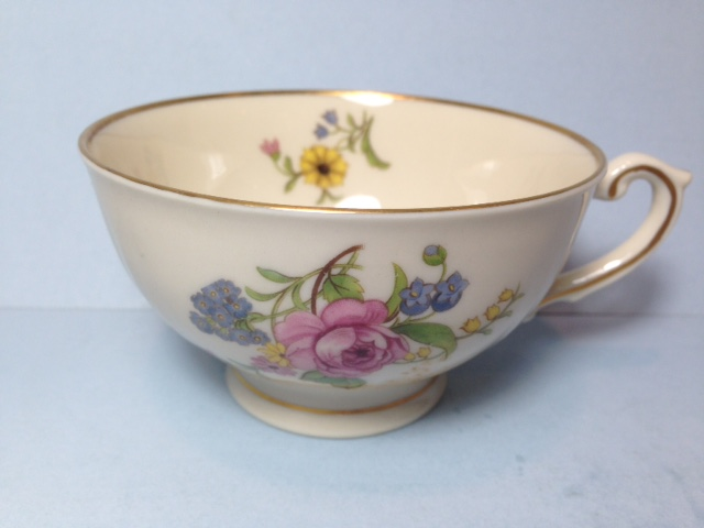 Make sure your browser can show photos and reload this page to see Syracuse China Portland Cup only (no saucer)