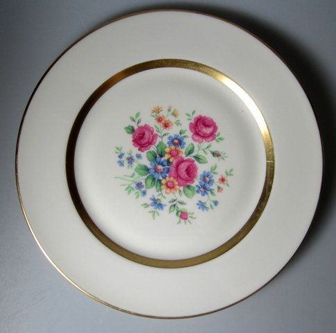 Make sure your browser can show photos and reload this page to see Haviland China Gainsborough Dinner plate USA; 10 3/4