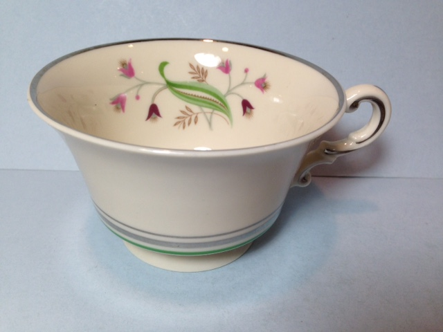 Make sure your browser can show photos and reload this page to see Syracuse China Coralbel Cup only (no saucer)
