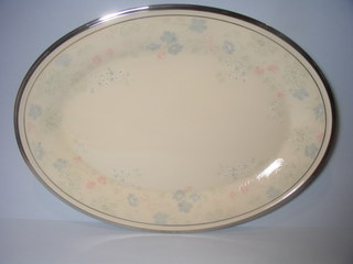 Make sure your browser can show photos and reload this page to see Lenox China Nicole Platter, medium --14