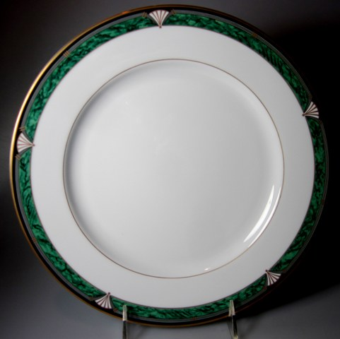 Make sure your browser can show photos and reload this page to see Gorham China Townsend Gold Dinner plate 10 7/8