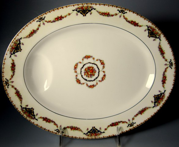 Make sure your browser can show photos and reload this page to see Haviland China Pomona Platter, small 11 1/4