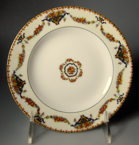 Make sure your browser can show photos and reload this page to see Haviland China Pomona Bread and butter plate black verge; 6 1/4