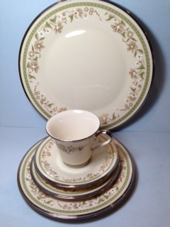 Make sure your browser can show photos and reload this page to see Lenox China Fresh Meadow Place setting 5-piece
