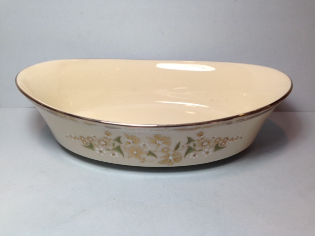 Make sure your browser can show photos and reload this page to see Lenox China Fresh Meadow Oval vegetable, large --10