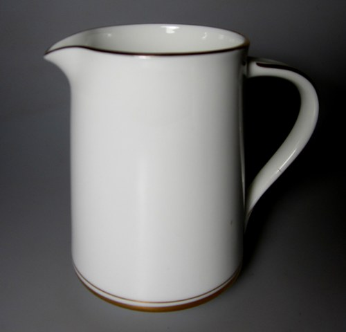 Make sure your browser can show photos and reload this page to see Noritake China Gloria 6526 Creamer