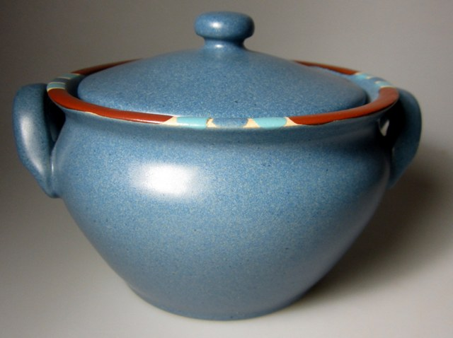 Make sure your browser can show photos and reload this page to see Dansk China Mesa - Sky Blue Soup bowl  (OnionSoup/with lid) PORTUGAL
