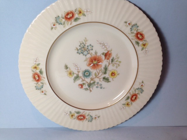 Make sure your browser can show photos and reload this page to see Lenox China Temple Blossom Salad plate