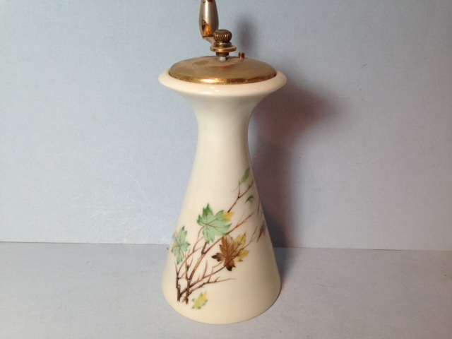Make sure your browser can show photos and reload this page to see Lenox China Westwind X407 Pepper Mill 5