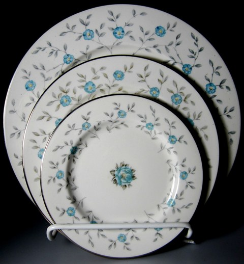 Make sure your browser can show photos and reload this page to see Ancestral - Am Hostess China Blue Lace Place setting 3-piece  1 dinner, 1 salad, 1 bread & butter