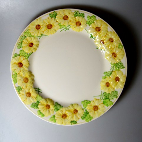 Make sure your browser can show photos and reload this page to see Metlox-Poppytrail-Vernon Pottery Oh Susanna Dinner plate 10 3/8