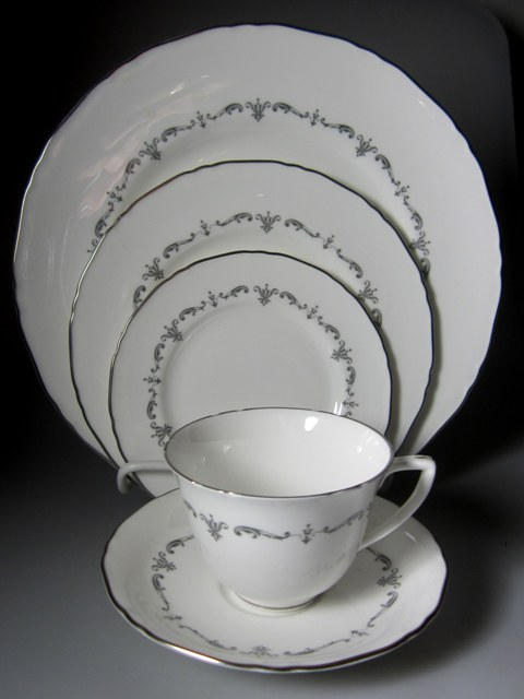 Make sure your browser can show photos and reload this page to see Royal Worcester China Silver Chantilly  Place setting 5-piece  -10 3/4