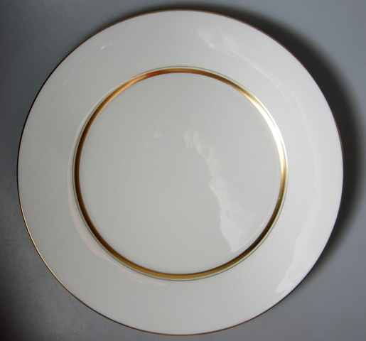Make sure your browser can show photos and reload this page to see Oxford (Div Of Lenox) China Andover Dinner plate 10 3/4