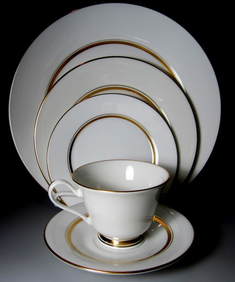 Make sure your browser can show photos and reload this page to see Oxford (Div Of Lenox) China Andover Place setting 5-piece