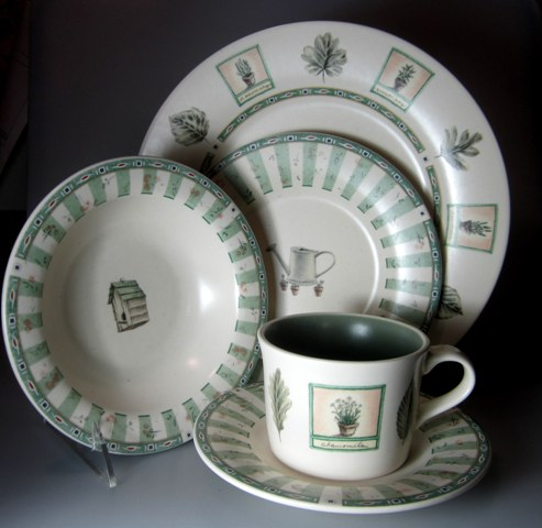 Make sure your browser can show photos and reload this page to see Pfaltzgraff China Naturewood Place setting 5-piece  dinner, salad, cereal, cup & saucer