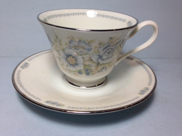 Make sure your browser can show photos and reload this page to see Oxford (Div Of Lenox) China Midsummer Cup and saucer set