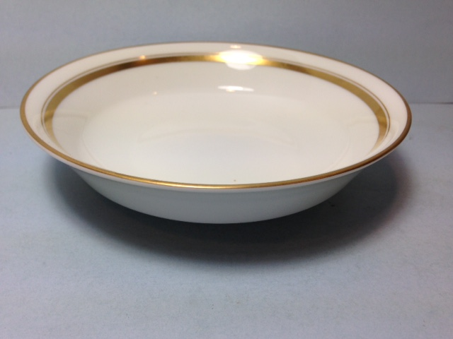Make sure your browser can show photos and reload this page to see Oxford (Div Of Lenox) China Andover Fruit/dessert bowl --5 3/4