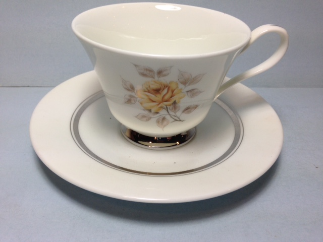 Make sure your browser can show photos and reload this page to see Oxford (Div Of Lenox) China Sharon Cup and saucer set -